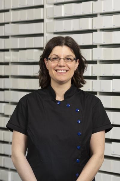 Jasmine Delacroix - Hygiéniste dentaire diplômée